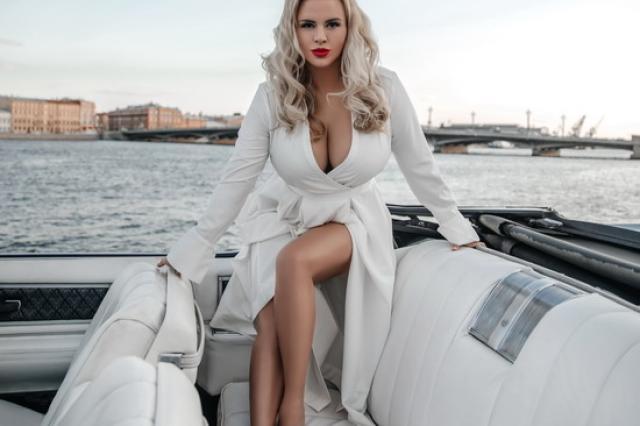 «Муз-ТВ» открывает «У-Дачный чарт» с Анной Семенович