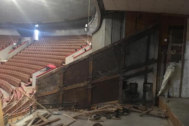 Во время ремонта в цирке были найдены пуленепробиваемые пластины, которые защищали Л.И.Брежнева