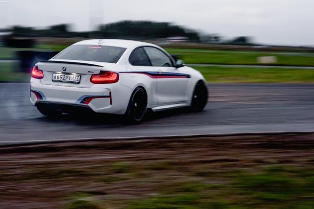 В подмосковном Мячково состоялся Celebrity BMW M Race пикник БорисХоф