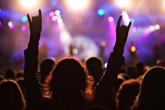 В Госдуме предложили разрешить музыкантам ругаться матом на концертах