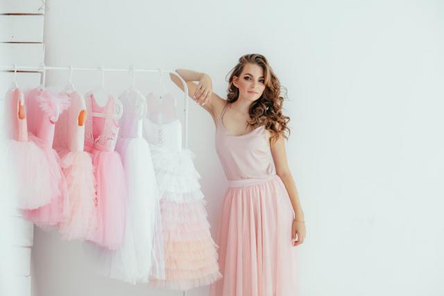 Как выбрать праздничное платье для девочки: советы дизайнера