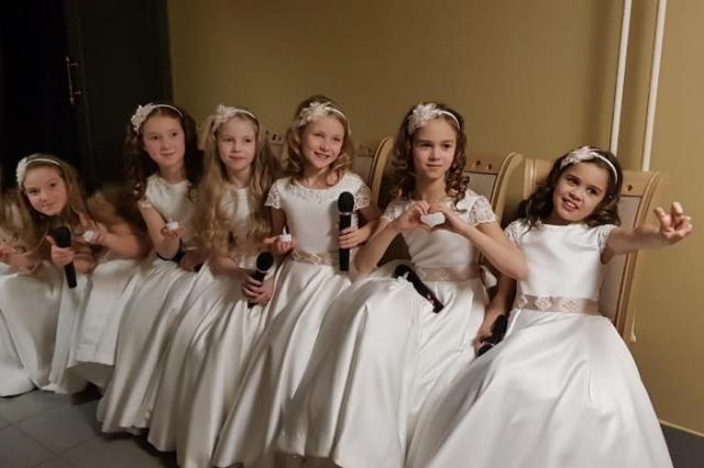 Дети «Домисольки» почтили память Владимира Этуша