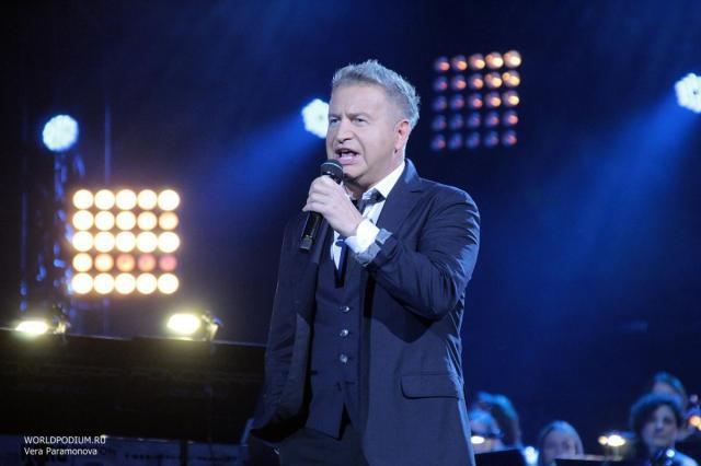 Леонид Агутин сыграет большой летний концерт в Крокус Сити Холле