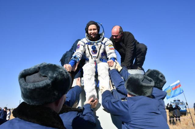 Экипаж фильма «Вызов», актриса Юлия Пересильд и режиссёр Клим Шипенко, вернулись на Землю из Космоса!