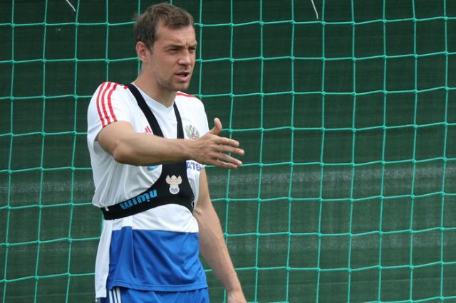 Дзюба: футболисты сборной России должны «умереть» на поле в матче с Испанией