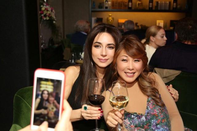 Популярная российская певица Анита Цой отметила юбилей в кругу звёздных друзей