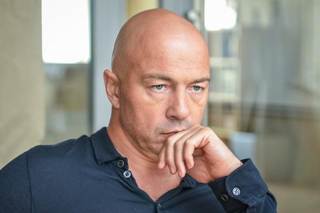 Олег Новиков: электронный формат не сможет компенсировать традиционные книги