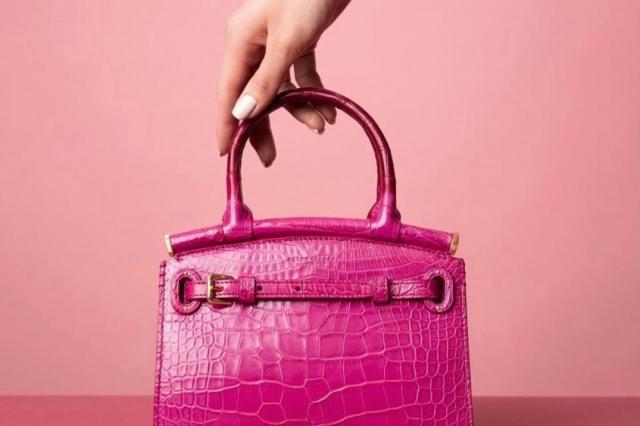 Яркие сумки из кожи крокодила из коллекции ЦУМа