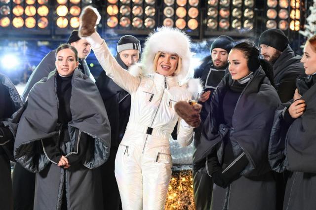 Новогодняя ночь на Первом канале!