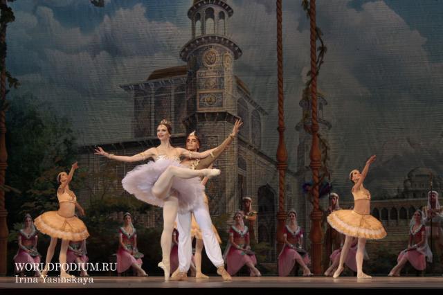 """В рамках IX Фестиваля балета на сцене Государственного Кремлевского Дворца """"Кремлевский балет"""" покажет спектакль """"Баядерка"""""""
