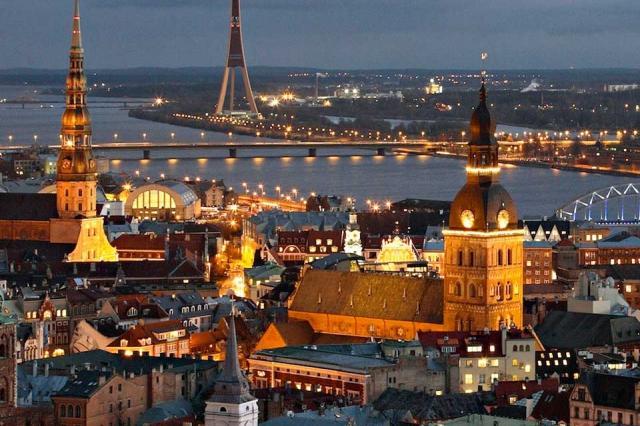 «Рига- Москва». Сквозь облака…»