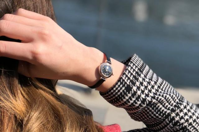 Двухцветные женские часы НИКА VIVA 1308
