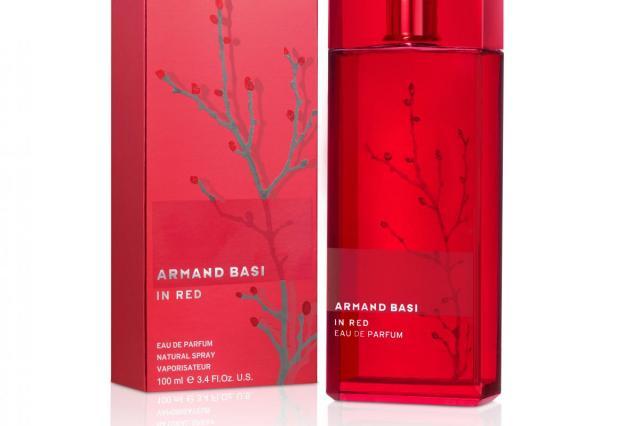 Аромат In Red от Armand Basi: бесконечная женственность и чувственность