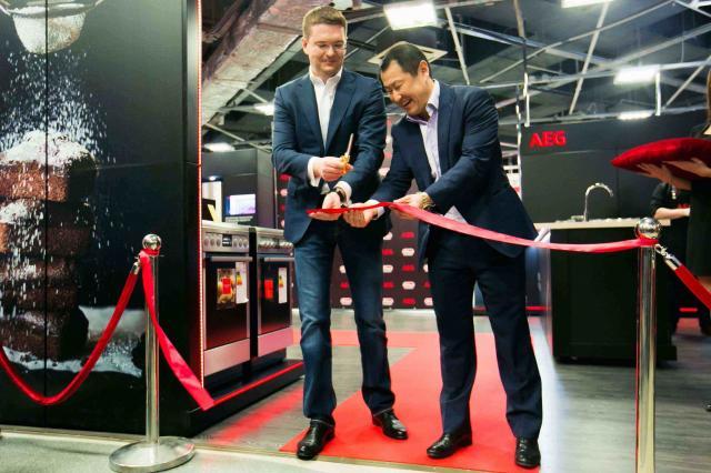 В «М.Видео», ТРЦ Мега Белая Дача, открылся первый в России бренд-бутик AEG