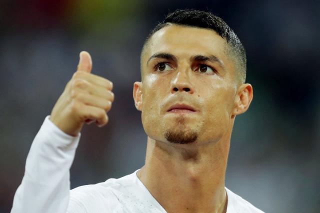 Роналду в форме «Ювентуса» появится на обложке FIFA 19