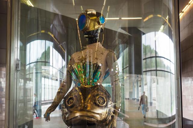 Выставка, посвященная 50-летию Большого Московского государственного цирка на проспекте Вернадского, открылась на станции метро «Воробьевы горы»