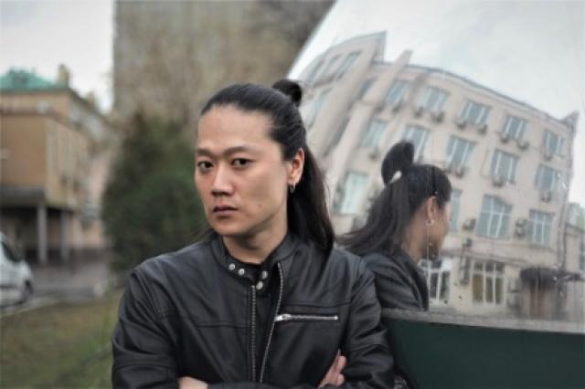 Александр Цой: «По мистическому стечению обстоятельств написанное в сценарии фильма «Когда она приходит» стало происходить с нами»