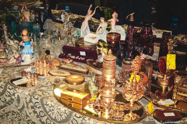 На слёте коллекционеров покажут будуарные флаконы и другие парфюмерные редкости
