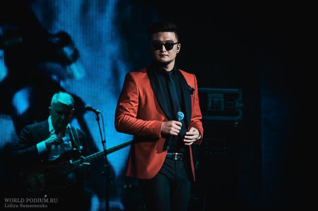Анатолий Цой споет в дуэте с Анной Седоковой