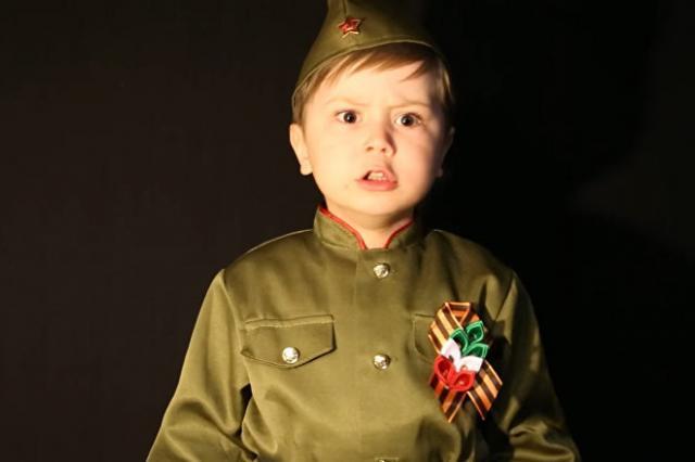 «Вставай, страна огромная!», - мальчик из Казани покорил миллионы зрителей исполнением песни «Священная война»