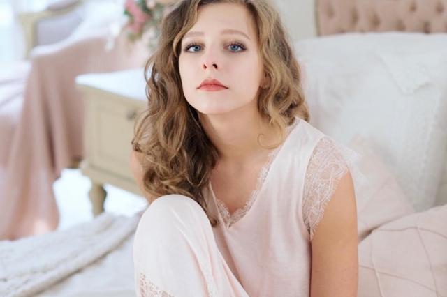 Лиза Арзамасова: «Через постель»
