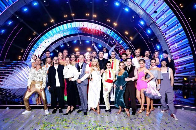 Подробный фотоотчёт: первый выпуск «Танцев со звездами» на телеканале «Россия»