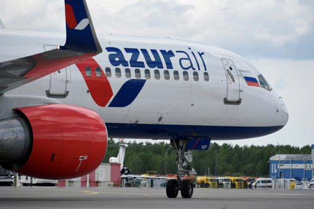 Azur Air приостановила отправку туристов за рубеж из-за вируса