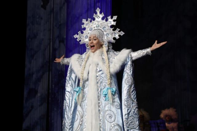 Новогоднее представление «Бабкины сказки-3»