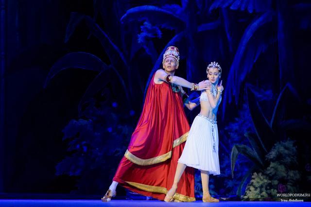 """Балет """"Баядерка"""" на сцене Государственного Кремлёвского Дворца - 18 Января 2018"""