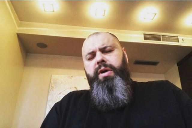 Максим Фадеев спел «Орлов и воронов» и отругал участниц «Дома-2» за желание попасть в «Серебро»