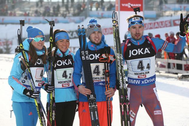 Российские биатлонисты завоевали бронзу в смешанной эстафете на ЧМ-2017