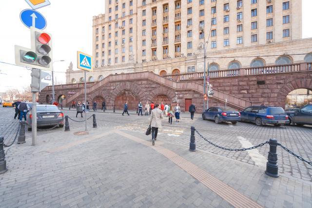 В Москве восстановили историческую брусчатку
