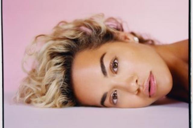 Британская поп-дива Рита Ора закроет «Новую волну — 2019» в Сочи