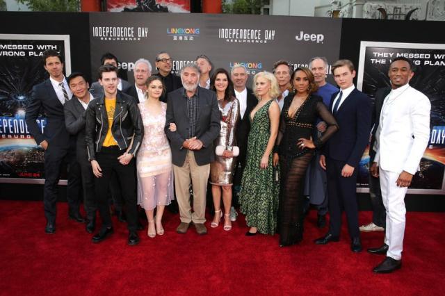 Голливудская премьера блокбастера «День Независимости. Возрождение»