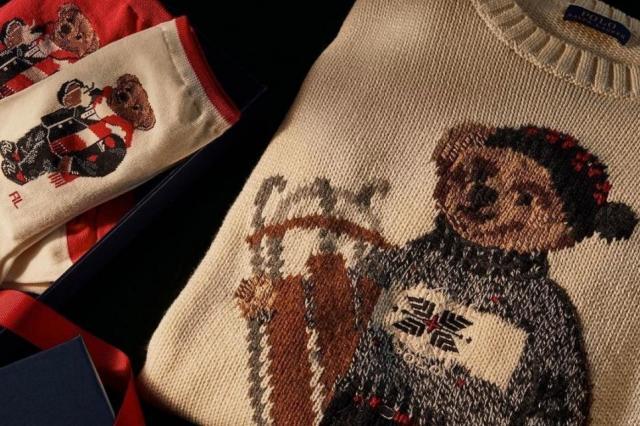 Десять уютных свитеров с новогодним узором
