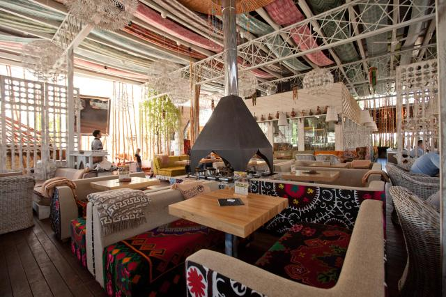 В ресторанах Тимура Ланского открылись летние веранды