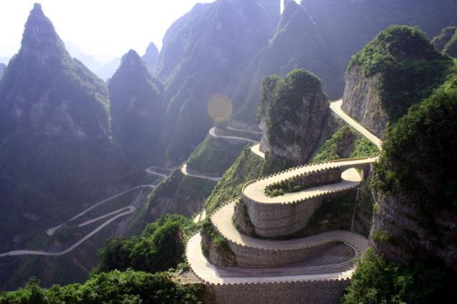 В «Библии-Глобусе» состоится открытие фотовыставки и презентация уникальной книги «Орлы над Уханем. Битва за небо Китая»