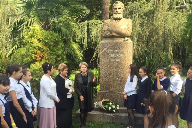 В Сухуме провели литературную гостиную, посвященную 165-летию со дня рождения Н.Н. Смецкого
