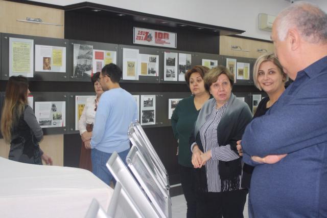 В РИКЦ в Баку открылась выставка, посвященная 100-летию Русской революции