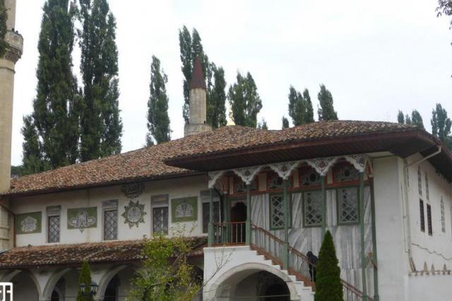 Солнечные часы найдены во время реставрации дворца в Бахчисарае