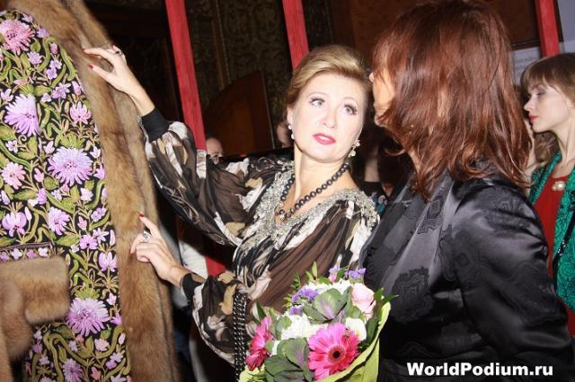Вика Цыганова пройдет с показом по Красной площади в рамках Mercedes-Benz Fashion Week
