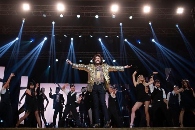Филипп Киркоров перенес свой отпуск ради выступления на Russian Music Festival в Абу-Даби