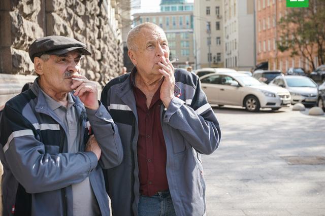 «Динозавр» возвращается: Андрей Смирнов и Александр Панкратов-Чёрный в новом сезоне остросюжетной комедии