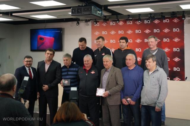 Презентация первого смартфона для болельщиков красно-белых BQ Advance Spartak Edition