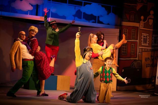 Заоблачно-головокружительный «Малыш и Карлсон» в Московском Губернском театре: «Фантазия, мечта и свет души!»