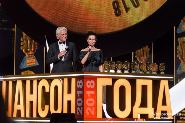 Церемония вручения премии «Шансон года» в 17-ый раз подряд зажгла сердца миллионов зрителей!