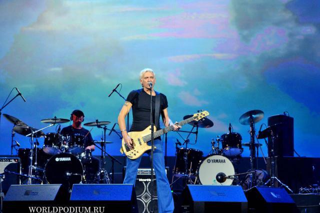 Александр Маршал решил «начать с нуля» и снял клип в Петербурге