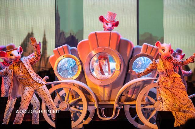 Московский Театр Мюзикла: первый сезон в «России»