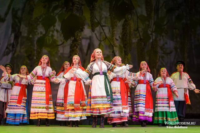Гала–концерт фольклорного фестиваля «FOLK БЕЗ ГРАНИЦ» пройдёт сегодня на сцене Театра «Русская песня»