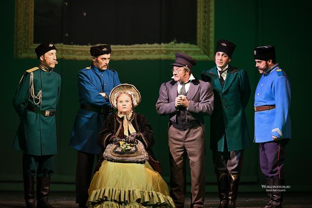 Легенды на одной сцене: премьера спектакля «Мёртвые души» в Малом театре!